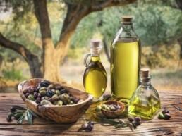 Come riconoscere un olio extravergine di qualità e cosa ne determina il prezzo?